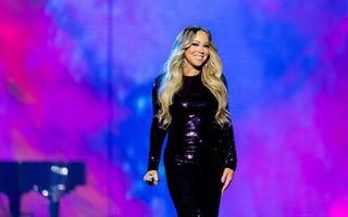 Momentul stânjenitor pe care Mariah Carey l-a trăit la întâlnirea cu soții Obama