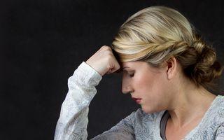 Studiu: Jumătate dintre femei riscă să aibă demență, Parkinson sau accident vascular cerebral