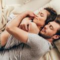 Îmbrățișările sunt cea mai frumoasă formă de comunicare