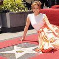 Vai de steaua ei! Jennifer Lopez, umilită pe Walk of Fame
