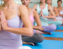 Yoga: 6 reguli pentru începători