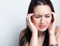 Remedii simple și naturale pentru migrene