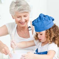 De ce este bunica din partea mamei atat de importanta pentru copil