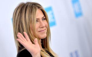 """Cum a scăpat Jennifer Aniston de depresie după al doilea divorț: A învățat să aibă grijă de ea cu terapie """"pe bandă rulantă"""""""