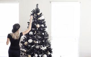 Un trend mai puțin obișnuit: Anul acesta se împodobește bradul de Crăciun negru