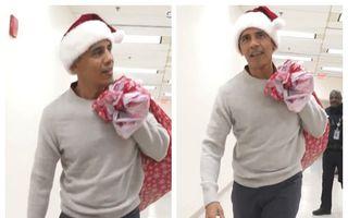 HO-HO-Obama: Barack Obama s-a transformat în Moș Crăciun și le-a adus daruri copiilor internați în spital - VIDEO