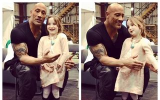"""Uriașul cu inima topită: Dwayne """"The Rock"""" Johnson, emoționat de o fetiță bolnavă cu care s-a jucat"""
