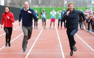 Și ei sunt oameni: 20 de dovezi care arată că membrii familiei regale britanice sunt la fel ca noi