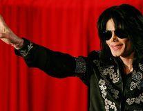 Michael Jackson nu scapă nici după moarte de acuzaţiile de abuz sexual: Noi dezvăluiri prezentate într-un film