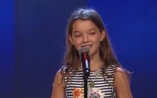 """Eva, o fetiță de 10 ani din România, a ajuns în finala """"Suedezii au talent"""". A cucerit juriul cu vocea sa!"""