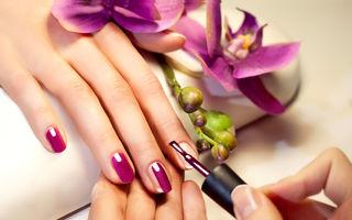 Ar trebui să-ți lași unghiile să respire între manichiuri? Ce spun specialiștii