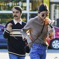Musafirul nepoftit: 40 de imagini în care Kendall Jenner e luată magistral peste picior