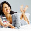 De ce să mănânci iaurt înainte de culcare? 5 avantaje