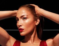Ce face dieta dintr-o femeie frumoasă: Cum arată Jennifer Lopez după ce a renunțat 10 zile la zahăr și carbohidrați