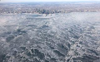 America a înghețat bocnă: 15 imagini ca în filme cu vortexul polar care a lovit în inima SUA