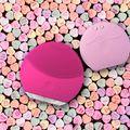Oferă-ţi un ten radiant de Valentine's Day cu FOREO
