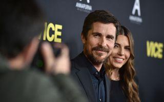 Război și pace în familia unui actor de Oscar: Christian Bale n-a vorbit 10 ani cu mama și sora lui din cauza soției