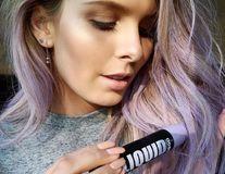 5 moduri geniale de a-ți colora temporar părul