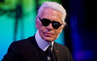 Creatorul de modă Karl Lagerfeld a murit