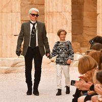 Urmasul lui Karl Lagerfeld: Cine este Hudson Kroenig, pustiul-minune din lumea modei care ar putea mosteni averea designerului