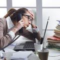 Începi să lucrezi înainte de 10 dimineața? Oamenii de știință spun că acest obicei este asemănător cu tortura
