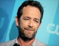 """Luke Perry a suferit un accident vascular cerebral. Starul din """"Beverly Hills, 90210"""" este în comă"""