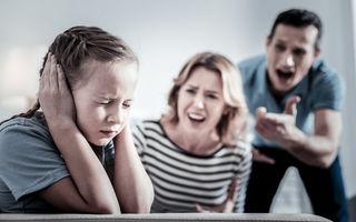 Țipetele cresc riscul de depresie infantilă