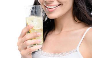 Când să bei apă cu lămâie în loc să iei pastile: 11 situații