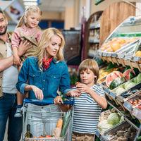 5 jocuri pentru tine si copii la supermarket