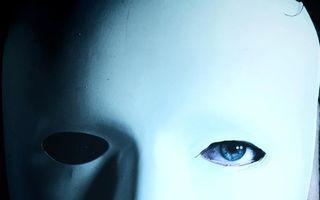 5 zodii care își ascund perfect emoțiile. Nu le poți descifra!