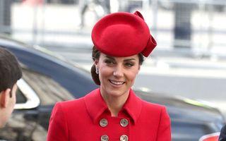 Kate Middleton a purtat un palton în stil militar pentru Ziua Commonwealth