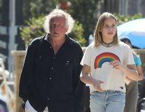 Nick Nolte, un tătic cu vârstă de bunic: Starul de 75 de ani, la plimbare cu fiica lui de 11 ani