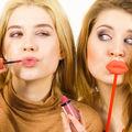 Limita dintre prietenie și aparență: cum recunoști nepăsarea