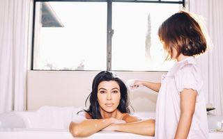 """Kourtney Kardashian iese în față cu o poză îndrăzneață: A pozat în cadă, """"acoperită"""" doar cu puțină spumă"""