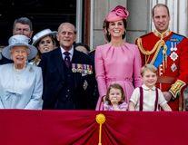 6 reguli bizare pe care membrii familiei regale britanice le respectă