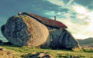 13 case neobișnuite, construite de arhitecți care nu suportă banalul