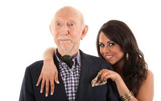 De ce le plac unor bărbați în vârstă femeile tinere