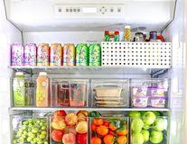 15 bucătării perfect organizate care te inspiră să mănânci mai sănătos