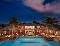 Bruce Willis vinde casa de vacanță pe care a construit-o din temelii: Lux la cel mai înalt nivel