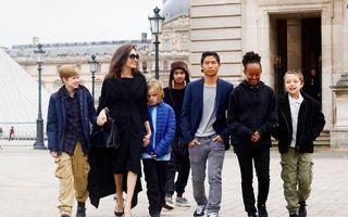 Angelina Jolie, o mamă singură care se descurcă cu 6 copii: Le face toate nazurile, dar le cere să învețe și să se poarte frumos