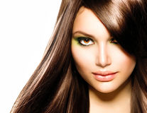 Cum prelungești durata culorii părului vopsit: 8 soluții de la hairstyliști