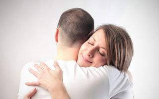 5 motive pentru care o îmbrățișare este cea mai benefică formă de comunicare