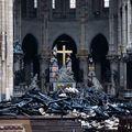 10 imagini copleșitoare din interiorul Catedralei Notre-Dame: Ce au găsit pompierii după ce au stins flăcările