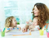 Minciuni pe care le spun părinții copiilor