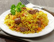 Este bine să mănânci orezul rămas? Cum eviți toxiinfecția alimentară