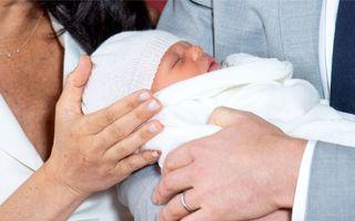 Regina Elisabeta și-a întâlnit noul strănepot. Ce nume au ales Prințul Harry și Meghan Markle pentru copilul lor