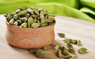 Cardamomul previne halena, cariile și cancerul