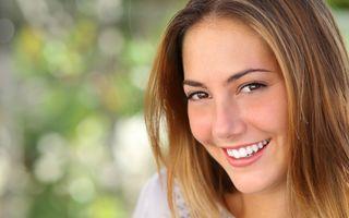 5 suplimente esențiale pentru remineralizarea dinților