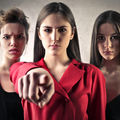 5 semne că o persoană din viața ta te manipulează