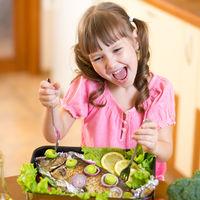 Consumul saptamanal de peste stimuleaza inteligența copiilor si le asigura un somn linistit